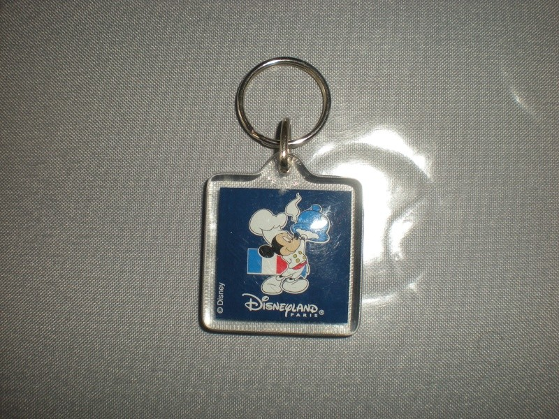 Nos trouvailles Disney dans les vide-greniers - Page 2 Dscn5713
