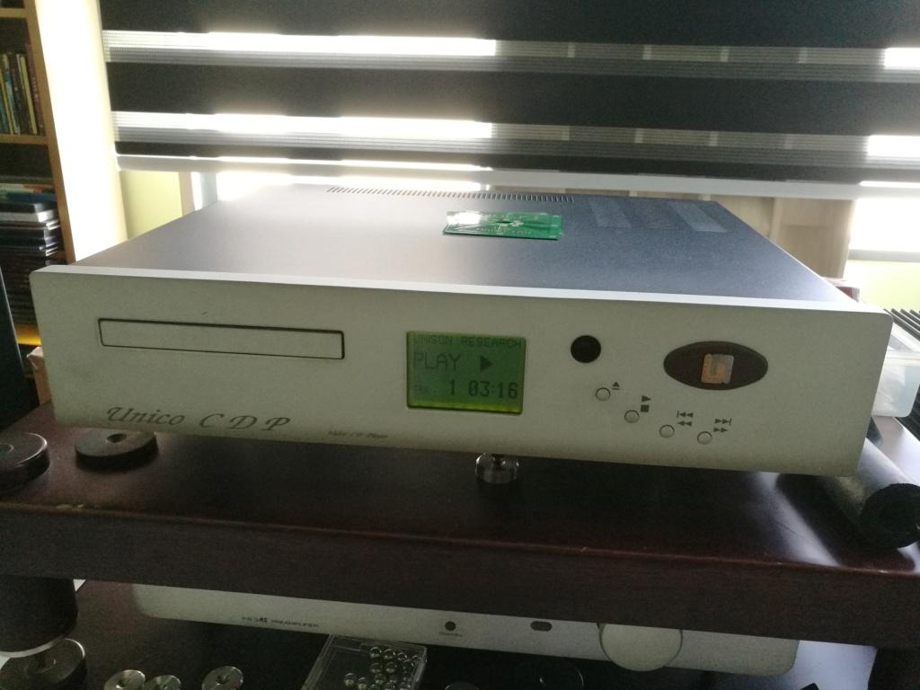 Unison CDP player, Timber speaker stand, Silver Ribbon Magnetic platform  Img_2031