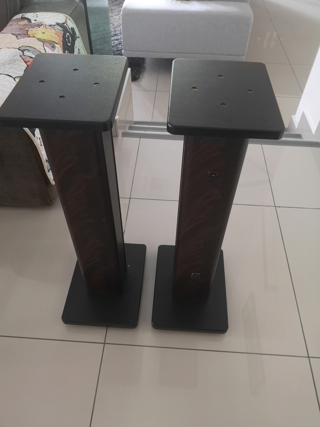 28 in timber speaker stand SOLD Img_2054