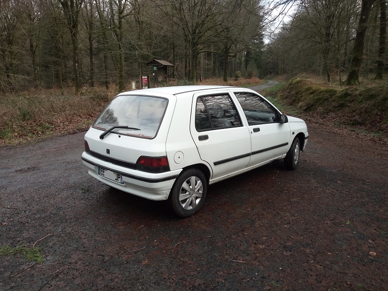 Renault Clio RT 1,2 ..... 226