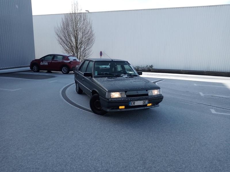 Renault 11 GTX de 1988 - Page 9 3-56fe10