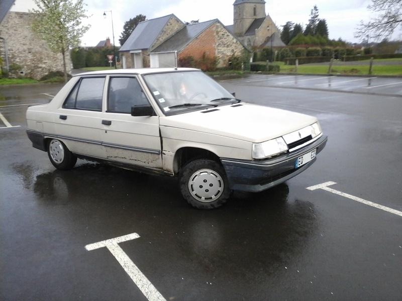 Renault 9 TL de .... mémé  5-544710