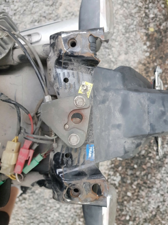Chasis quebrado soporte de manijas acompañante 20190310