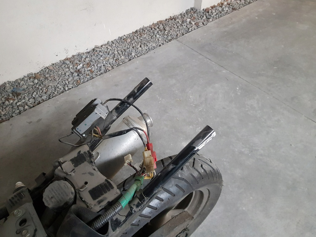 Chasis quebrado soporte de manijas acompañante 20190312