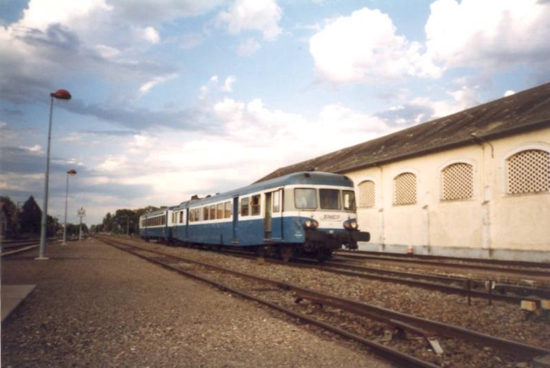 Pk 342,9 : Gare de Gaillac (81) - X2800 003_0a10
