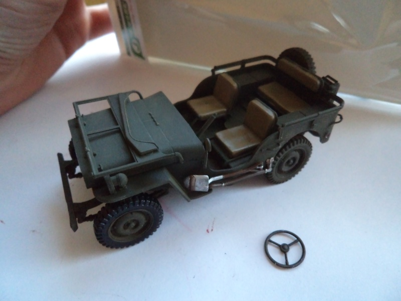 Jeep Willys MB Italeri 1/35 - Page 3 Dsc01417