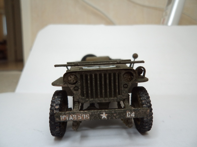 Jeep Willys MB Italeri 1/35 - Page 3 Dsc01420