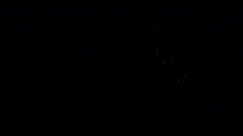 Lumières nocturnes le 17 avril 2013 entre Salon et Aix en Provence P1000712