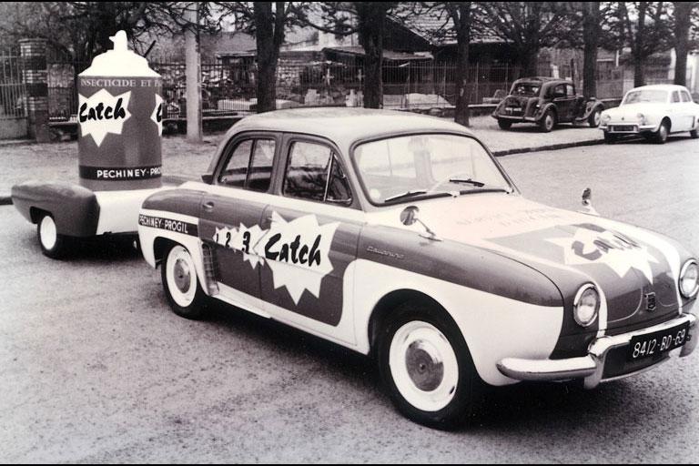 Les véhicules de la Caravane du Tour de France 1950's & 1960's 0-04-210