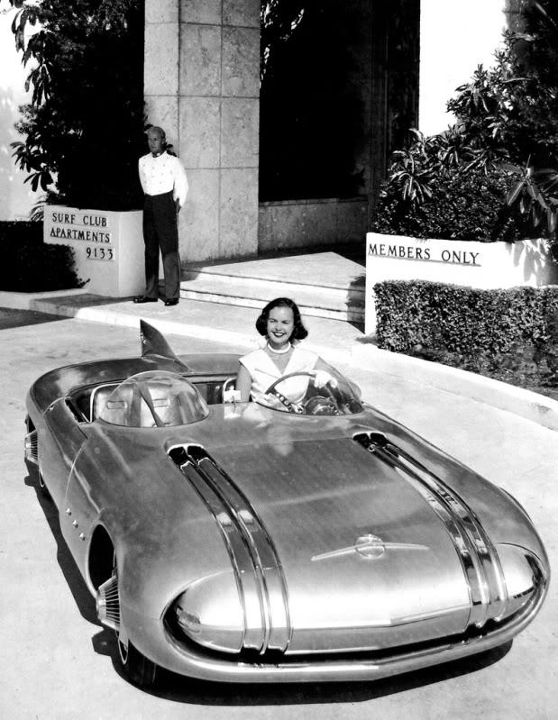 Pontiac Club De Mer - 1956 1956-p12