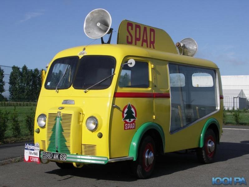 Les véhicules de la Caravane du Tour de France 1950's & 1960's 59091411