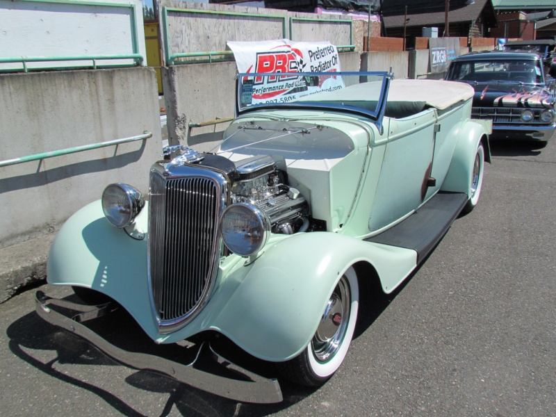 1933 - 34 Ford Hot Rod 60087211