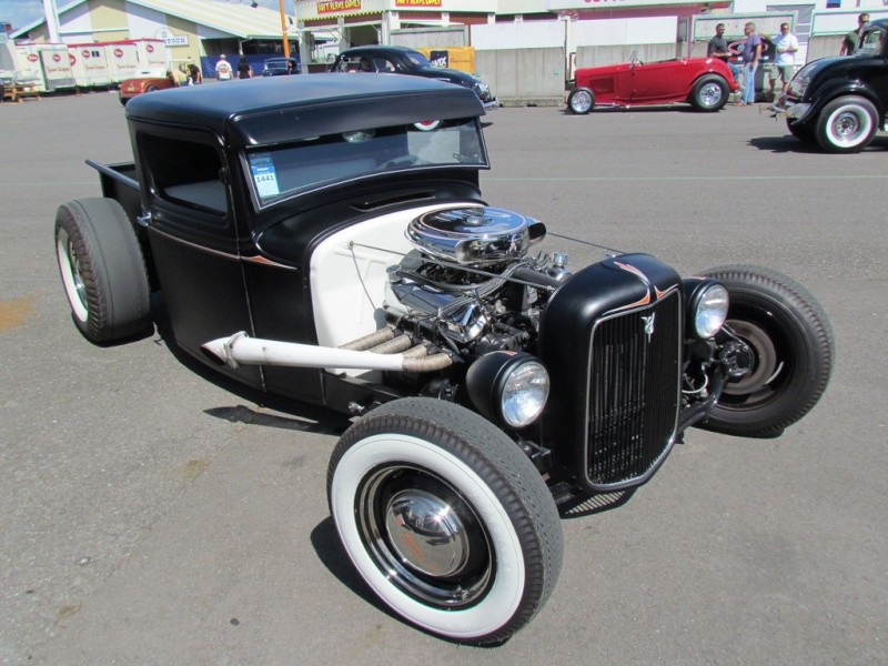 1933 - 34 Ford Hot Rod 60131710