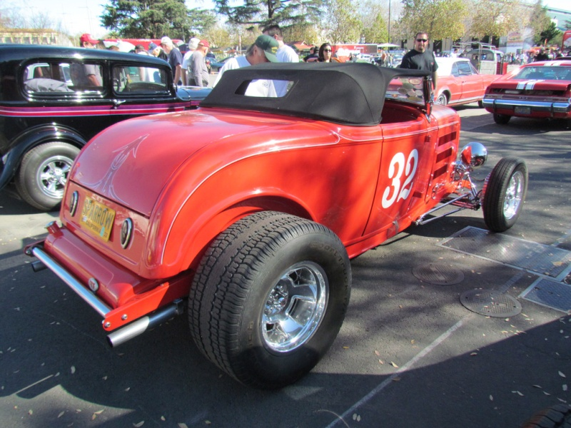 1932 Ford hot rod - Page 2 68196516