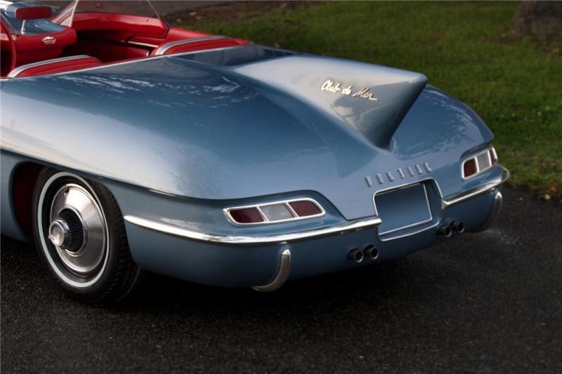 Pontiac Club De Mer - 1956 70750_13