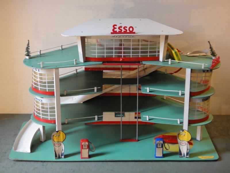 Garages jouets - Toys garage Dsc02511