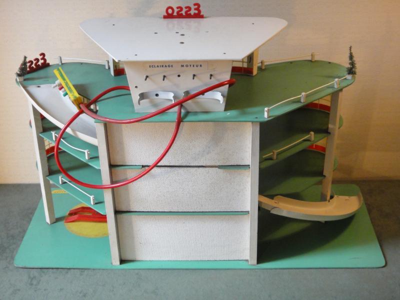 Garages jouets - Toys garage Dsc02516