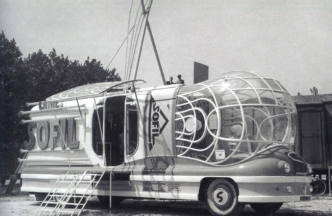 Les véhicules de la Caravane du Tour de France 1950's & 1960's - Page 2 Hsofil10