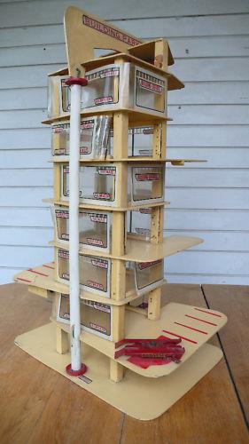 Garages jouets - Toys garage - Page 2 Kgrhqq10