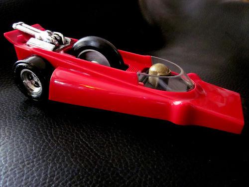 Cascadeurs Giro Jet et  Kenner SSP racers Power-10