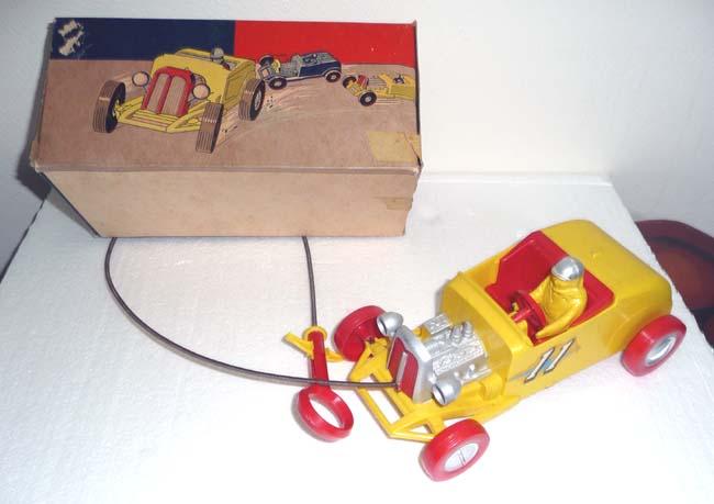1953 REVELL Toy Backfiring Hot Rod Revell11