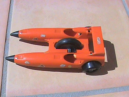 Cascadeurs Giro Jet et  Kenner SSP racers Toomuc10