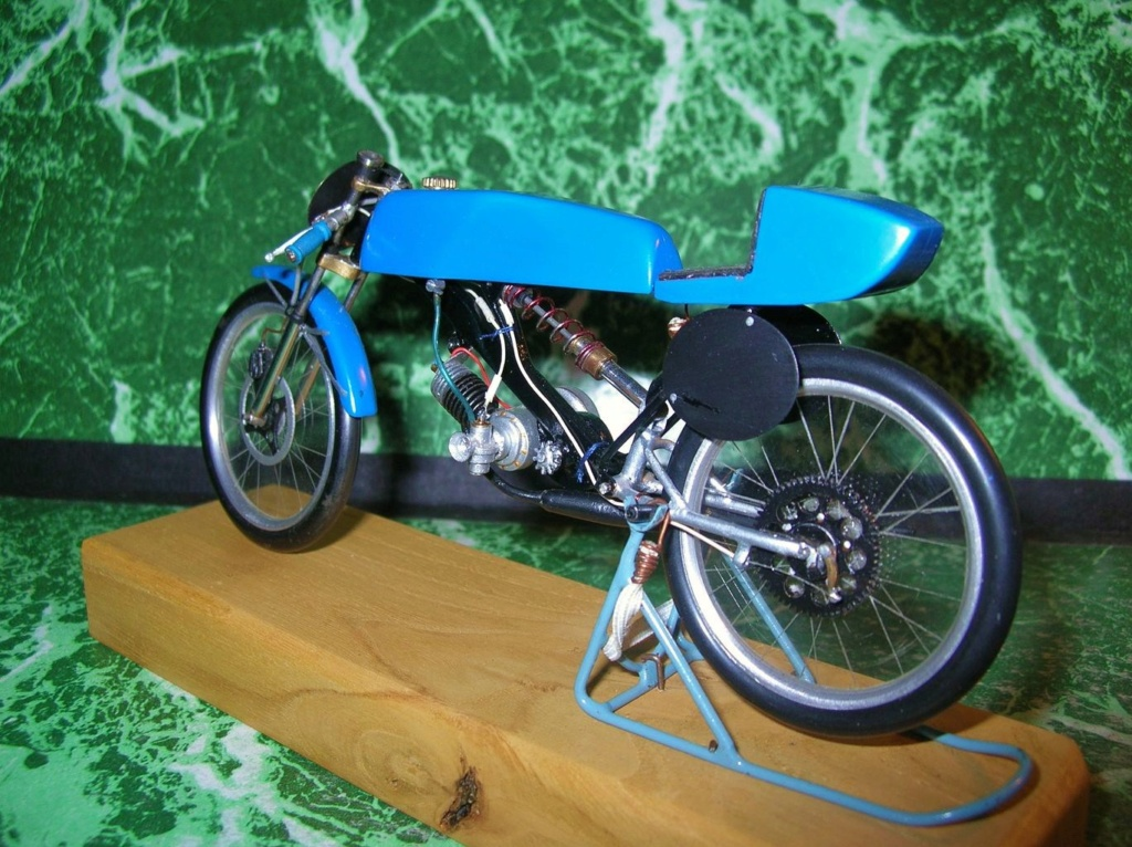 Mobyx  X7VL ( Motobécanne  ) Dscn9811