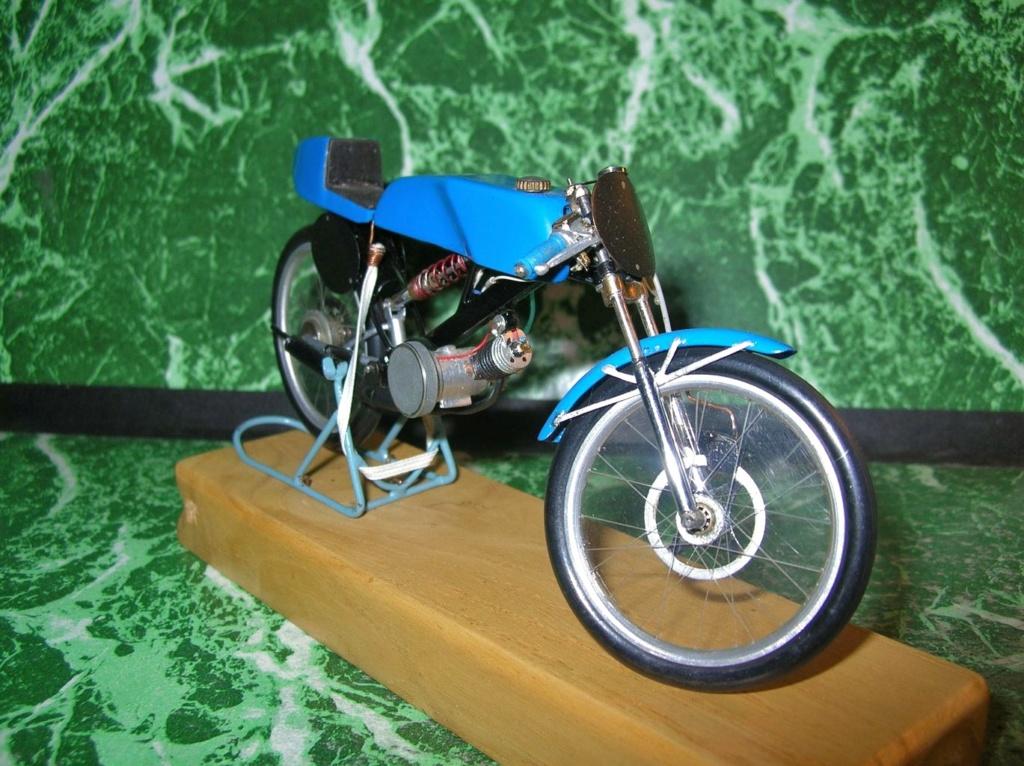 Mobyx  X7VL ( Motobécanne  ) Dscn9812