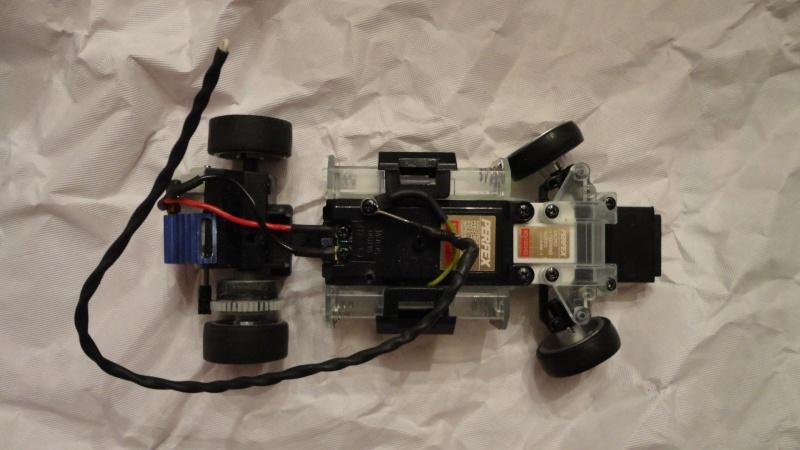 Recherche châssis MR01 (MZ01) + rétroviseur F1 Chassi15