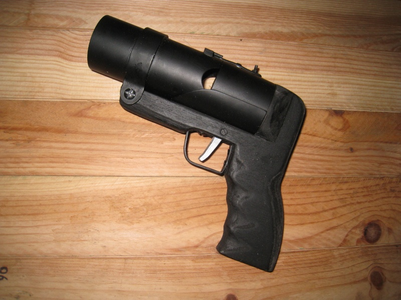 Pistolet lance grenade by Mat79 Img_0721