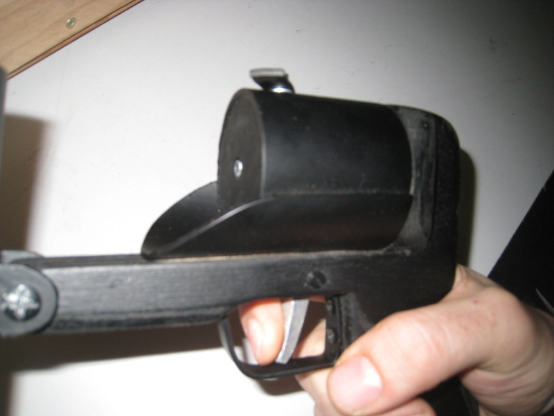 Pistolet lance grenade by Mat79 Img_0726