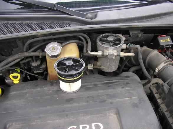 "Pt Cruiser 2.2 L ""Diesel"" : Echange filtre à gazoil 211"