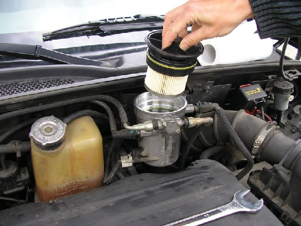 "Pt Cruiser 2.2 L ""Diesel"" : Echange filtre à gazoil 511"