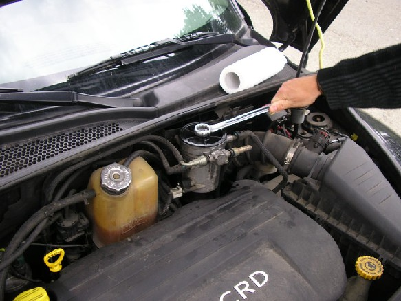 "Pt Cruiser 2.2 L ""Diesel"" : Echange filtre à gazoil 611"