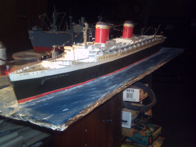 My Ocean liner collections Pict0051