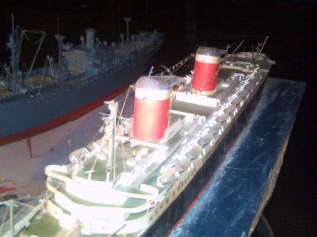 My Ocean liner collections Pict0052