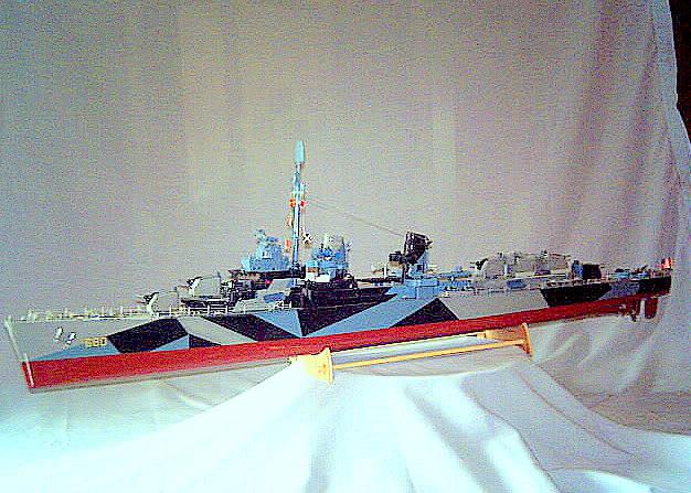 Lindberg Blue Devil Destroyer Pict0069