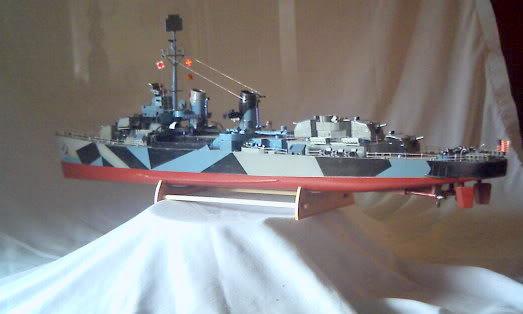Lindberg Blue Devil Destroyer Pict0071