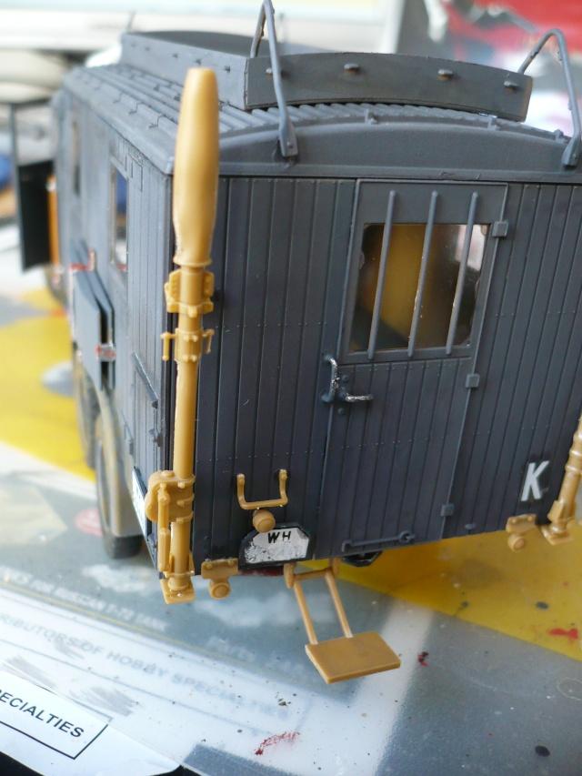 Krupp L3H163 Kfz. 72 in 1:35 von ICM P1070210