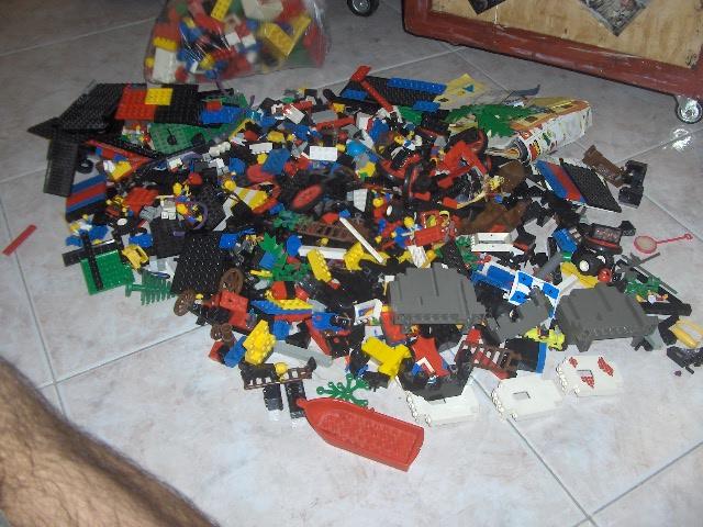 CERCO Transformers G1 (Robot & Accessori) e pezzi Lego! - Pagina 2 Hpim9323