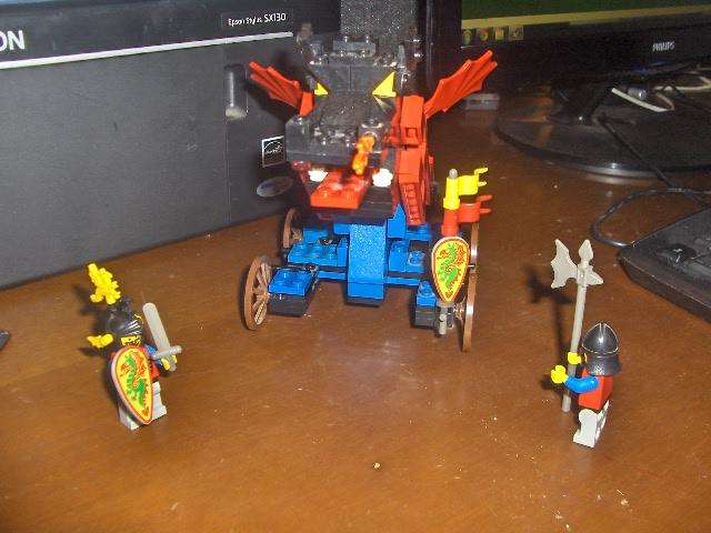 CERCO Transformers G1 (Robot & Accessori) e pezzi Lego! - Pagina 2 Hpim9421