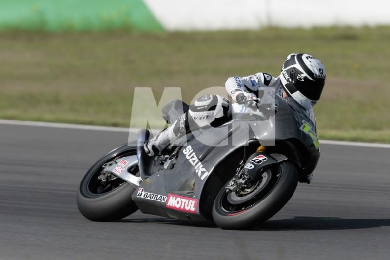 suzuki motoGP 2014 Suzuki12
