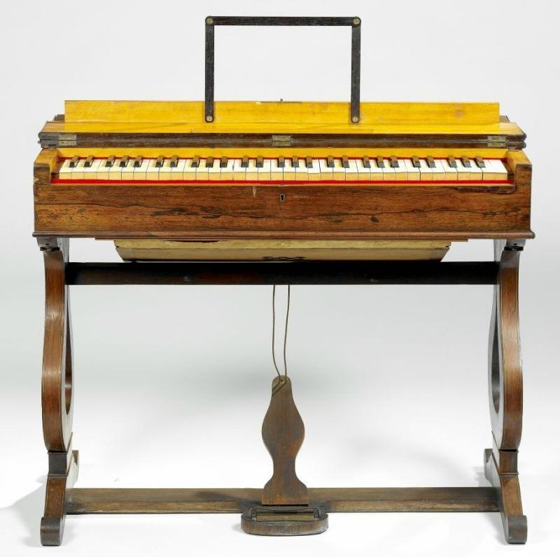 Harmonium de salon Fourneaux Founea10