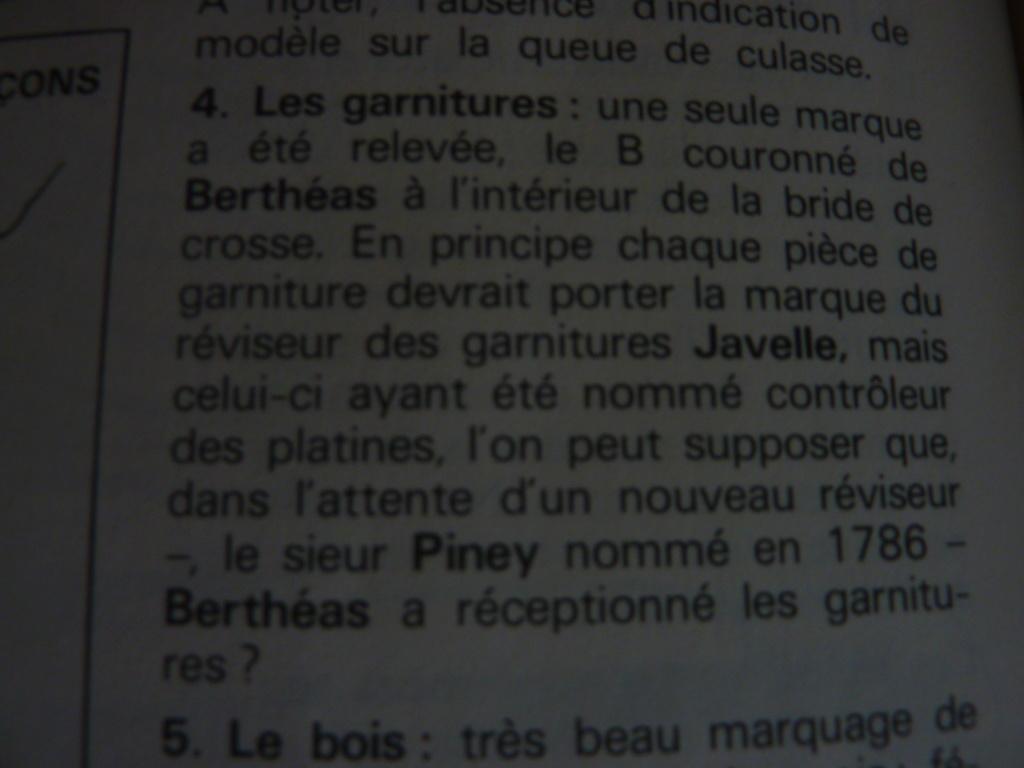 MOUSQUETON GROSSE CAVALERIE 1777 (poinçons divers) P1030537
