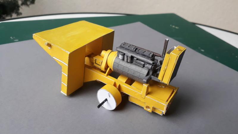 Kranwagen mit Tieflader u. Straßenwalze,1:32 geb. v. Henning 20190305