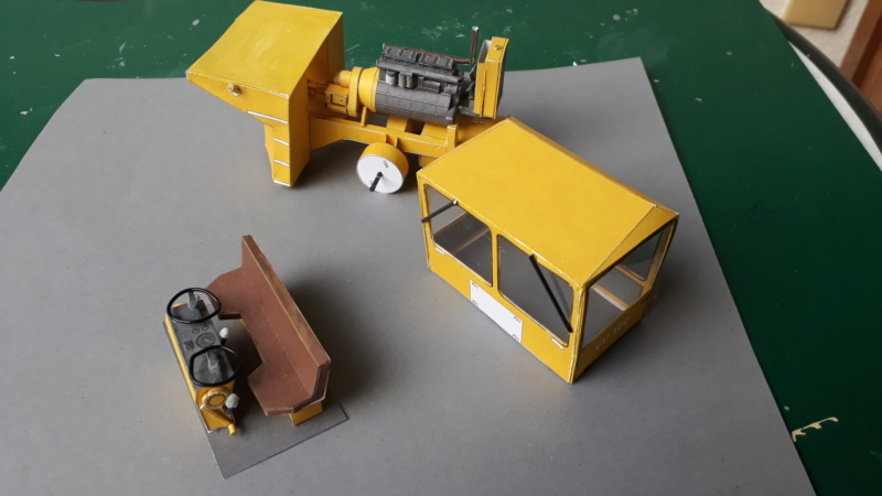 Kranwagen mit Tieflader u. Straßenwalze,1:32 geb. v. Henning 20190810