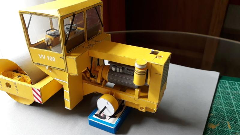 Kranwagen mit Tieflader u. Straßenwalze,1:32 geb. v. Henning 20190817