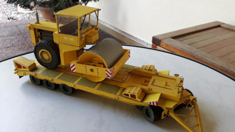 Kranwagen mit Tieflader u. Straßenwalze,1:32 geb. v. Henning 20190862