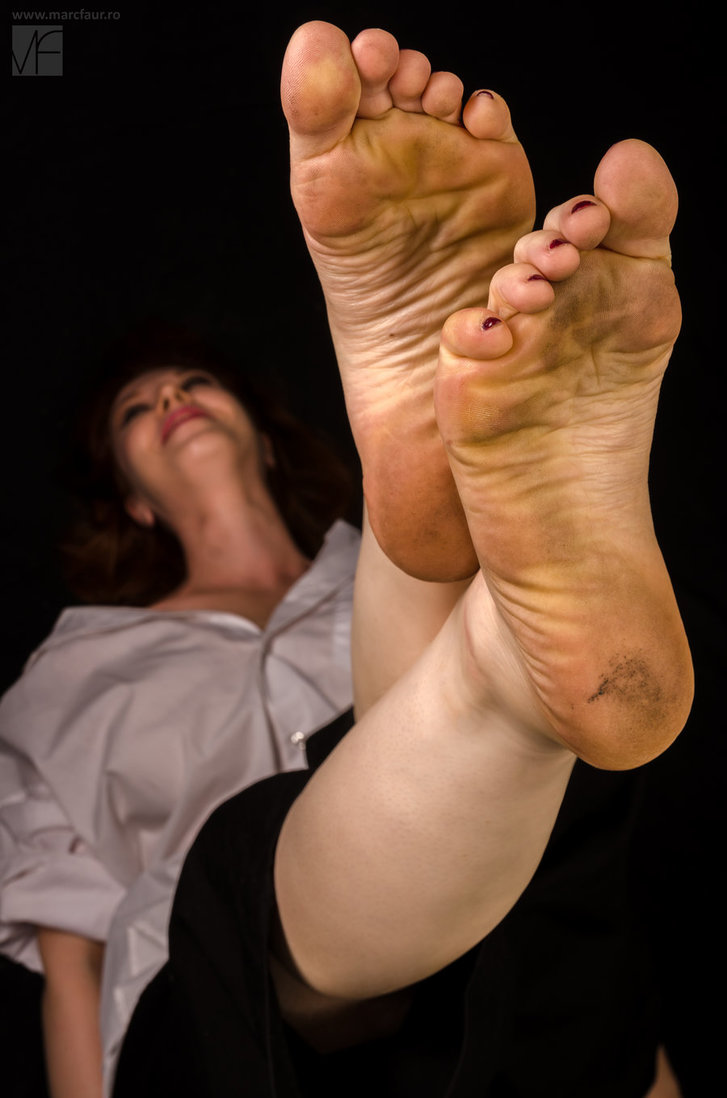 Pieds sales! - Page 3 Sole_f10