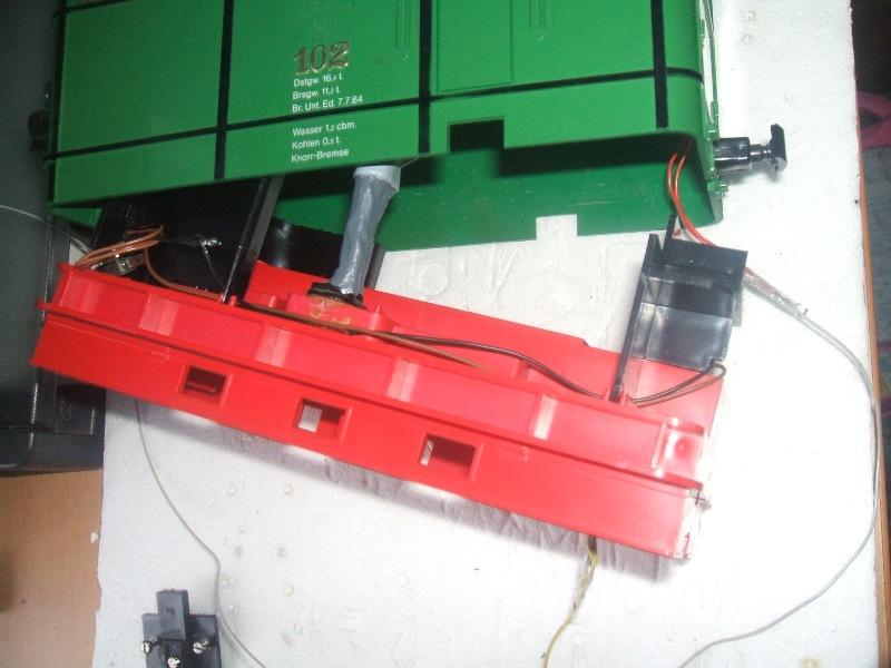 Instal·lació aparell de FUM en una LGB 2050/23500 ELIES Dscf6710